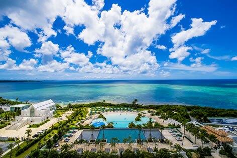 沖縄本島_タイガービーチからの眺め(イメージ)